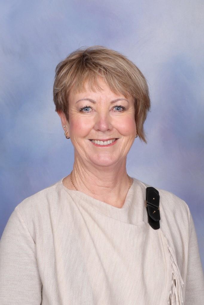 Mrs AnnMaree MacGregor
